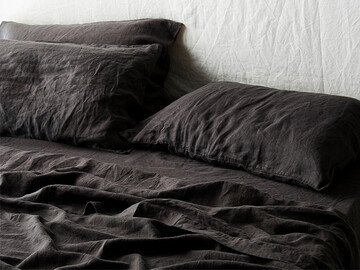 Flat sheet in Inky Charcoal