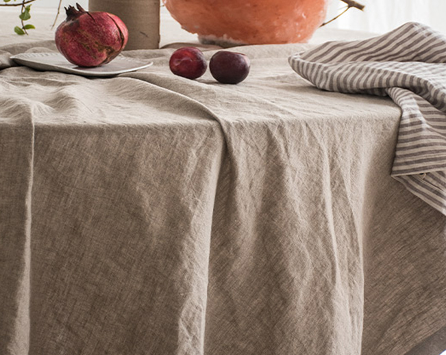 French Linen table cloth in Natural