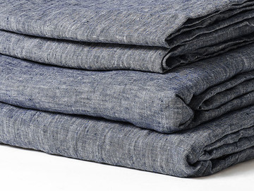 Fitted sheet in Deep Blue Chambray